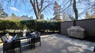 """Photo 19: 8514 WOODTRAIL Place in Burnaby: Forest Hills BN Townhouse for sale in """"SIMON FRASER VILLAGE"""" (Burnaby North)  : MLS®# R2566509"""