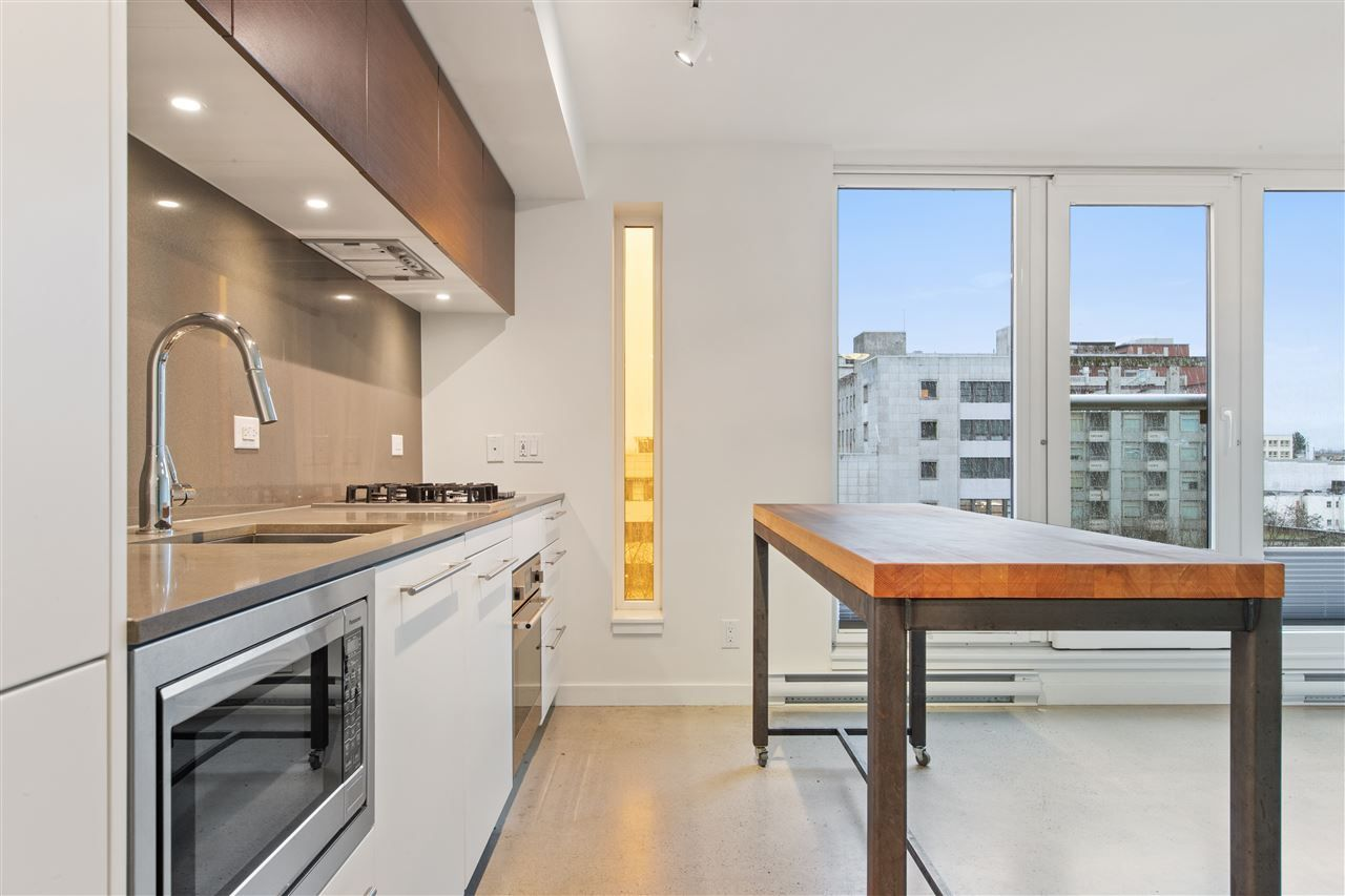 """Main Photo: 905 150 E CORDOVA Street in Vancouver: Downtown VE Condo for sale in """"Ingastown"""" (Vancouver East)  : MLS®# R2424973"""