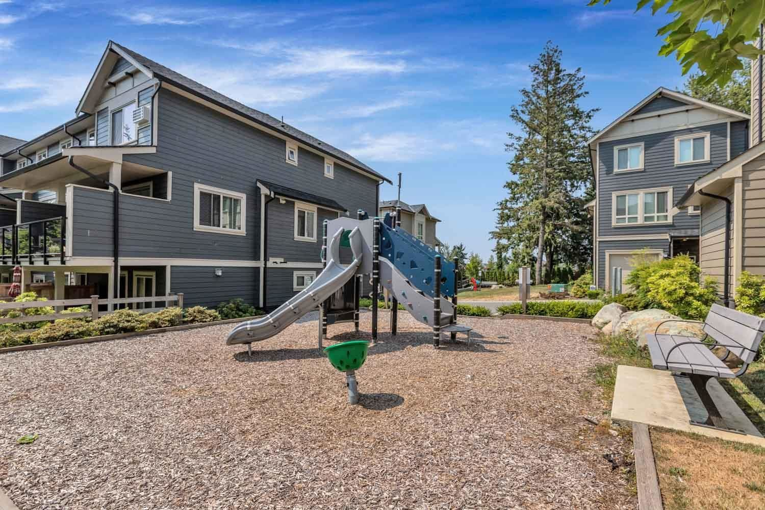 Photo 36: Photos: 98 19913 70 Avenue in Langley: Willoughby Heights Townhouse for sale : MLS®# R2606437