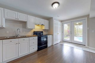 Photo 28: 38 Mackey Drive in Whitby: Lynde Creek House (2-Storey) for sale : MLS®# E4763412