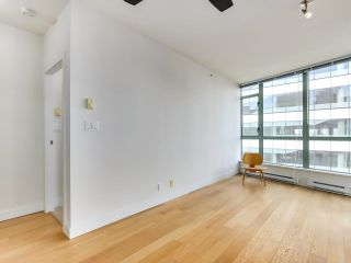 """Photo 4: 1304 1238 BURRARD Street in Vancouver: Downtown VW Condo for sale in """"ALTADENA"""" (Vancouver West)  : MLS®# R2620701"""
