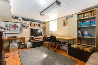 """Photo 8: 108 E 56TH Avenue in Vancouver: South Vancouver House for sale in """"LANGARA"""" (Vancouver East)  : MLS®# R2257447"""