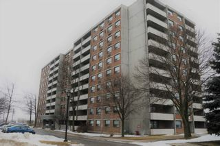 Photo 1: 801 20 William Roe Boulevard in Newmarket: Central Newmarket Condo for sale : MLS®# N4710016