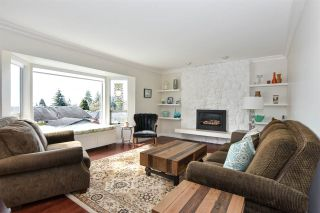 Photo 10: 4080 IRMIN Street in Burnaby: Suncrest House for sale (Burnaby South)  : MLS®# R2555054