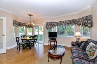Photo 8: 100 530 Marsett Pl in VICTORIA: SW Royal Oak Row/Townhouse for sale (Saanich West)  : MLS®# 766034