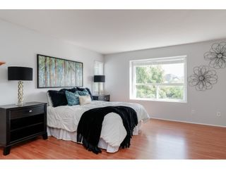 """Photo 12: 18492 64B Avenue in Surrey: Cloverdale BC House for sale in """"Clovervalley Station"""" (Cloverdale)  : MLS®# R2444631"""