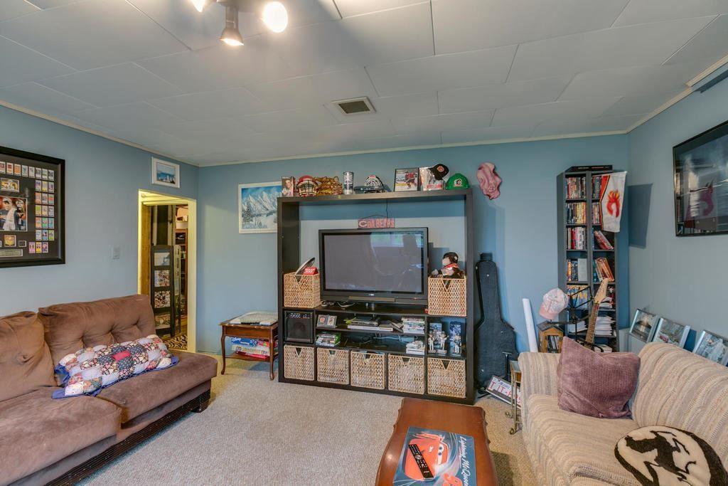 Photo 15: Photos: 12579 97 Avenue in Surrey: Cedar Hills House for sale (North Surrey)  : MLS®# R2225806