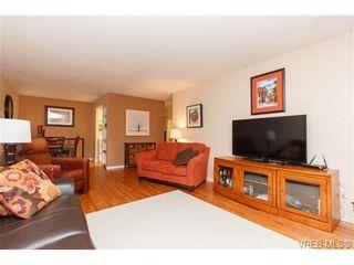 Photo 6: 202 964 Heywood Ave in VICTORIA: Vi Fairfield West Condo for sale (Victoria)  : MLS®# 719805