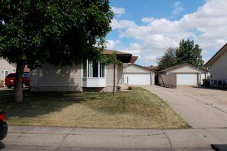 Photo 2: 17283 104 Street in Edmonton: Zone 27 House for sale : MLS®# E4253302