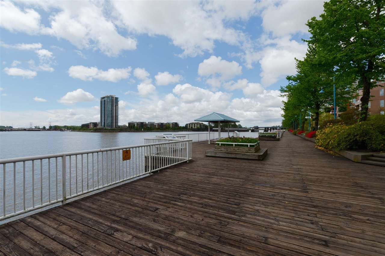 Photo 19: Photos: 316 1150 QUAYSIDE Drive in New Westminster: Quay Condo for sale : MLS®# R2329449
