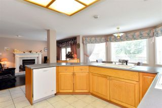 """Photo 11: 13669 58 Avenue in Surrey: Panorama Ridge House for sale in """"Panorama"""" : MLS®# R2073217"""