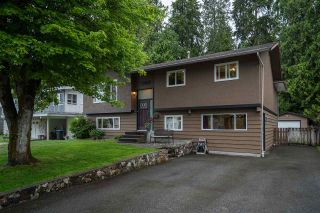 Photo 1: 3055 LARCH Way in Port Coquitlam: Birchland Manor House for sale : MLS®# R2371796