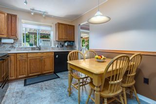 Photo 4: 689 Murrelet Dr in : CV Comox (Town of) House for sale (Comox Valley)  : MLS®# 884096