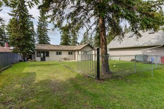 Photo 3: 289 Lakeshore Drive: Rural Lac Ste. Anne County House for sale : MLS®# E4261362