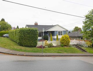 "Photo 33: 361 SHERBROOKE Street in New Westminster: Sapperton House for sale in ""Historic Sapperton"" : MLS®# R2575871"