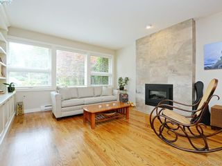 Photo 2: 868 Gardner Pl in VICTORIA: SE Cordova Bay House for sale (Saanich East)  : MLS®# 769313