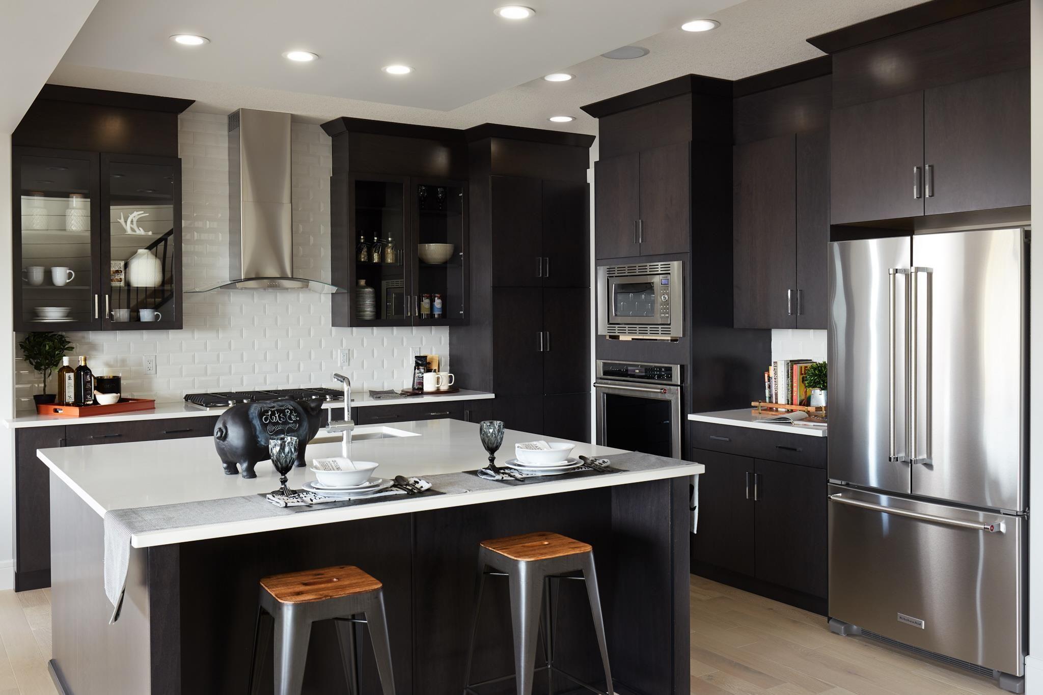 Main Photo: 2712 202 Street in Edmonton: Zone 57 House for sale : MLS®# E4265922