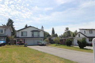 Photo 1: 20368 115 Avenue in Maple Ridge: Southwest Maple Ridge House for sale : MLS®# R2174452