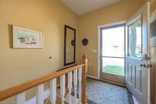 Photo 2: 36 1555 HIGHBURY Avenue in London: East A Residential for sale (East)  : MLS®# 40162340