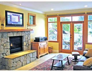 Photo 4: 4812 SKYLINE Drive in North_Vancouver: Canyon Heights NV House for sale (North Vancouver)  : MLS®# V690586
