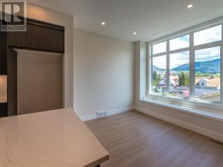 Photo 7: 385 TOWNLEY STREET in Penticton: House for sale : MLS®# 183471