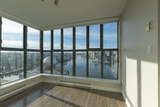 """Photo 11: 1905 1128 QUEBEC Street in Vancouver: Mount Pleasant VE Condo for sale in """"THE NATIONAL"""" (Vancouver East)  : MLS®# R2232561"""