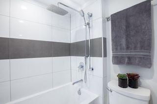 """Photo 14: 702 1219 HARWOOD Street in Vancouver: West End VW Condo for sale in """"CHELSEA"""" (Vancouver West)  : MLS®# R2313439"""