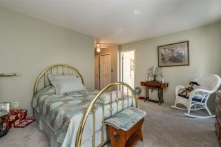 Photo 14: 12498 78A Avenue in Surrey: West Newton House for sale : MLS®# R2400774