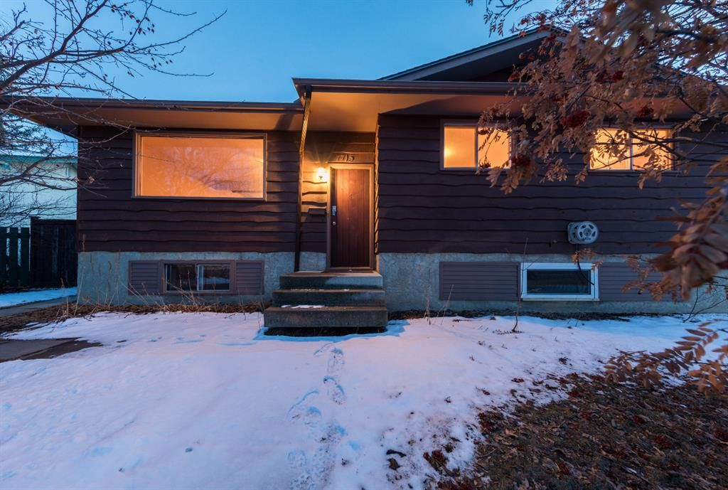 Main Photo: 7715 34 Avenue NW in Calgary: Bowness Detached for sale : MLS®# A1086301