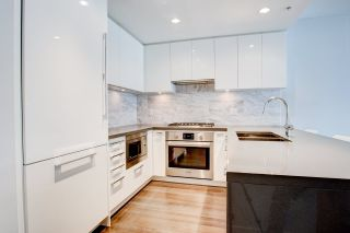 """Photo 7: 111 5638 BIRNEY Avenue in Vancouver: University VW Condo for sale in """"The Laureates"""" (Vancouver West)  : MLS®# R2578018"""