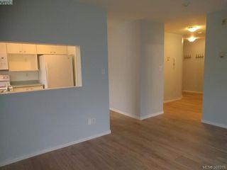 Photo 3: 103 3215 Rutledge St in VICTORIA: SE Quadra Condo for sale (Saanich East)  : MLS®# 780280