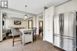 Photo 10: 137 FLOWING CREEK CIRCLE in Ottawa: House for sale : MLS®# 1265124