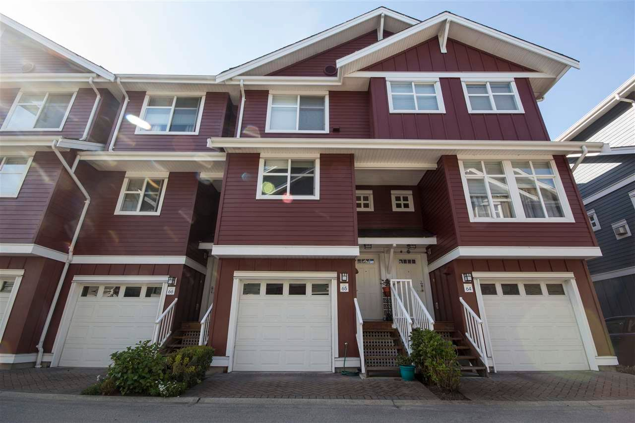 "Main Photo: 65 935 EWEN Avenue in New Westminster: Queensborough Townhouse for sale in ""COOPERS LANDING"" : MLS®# R2575607"
