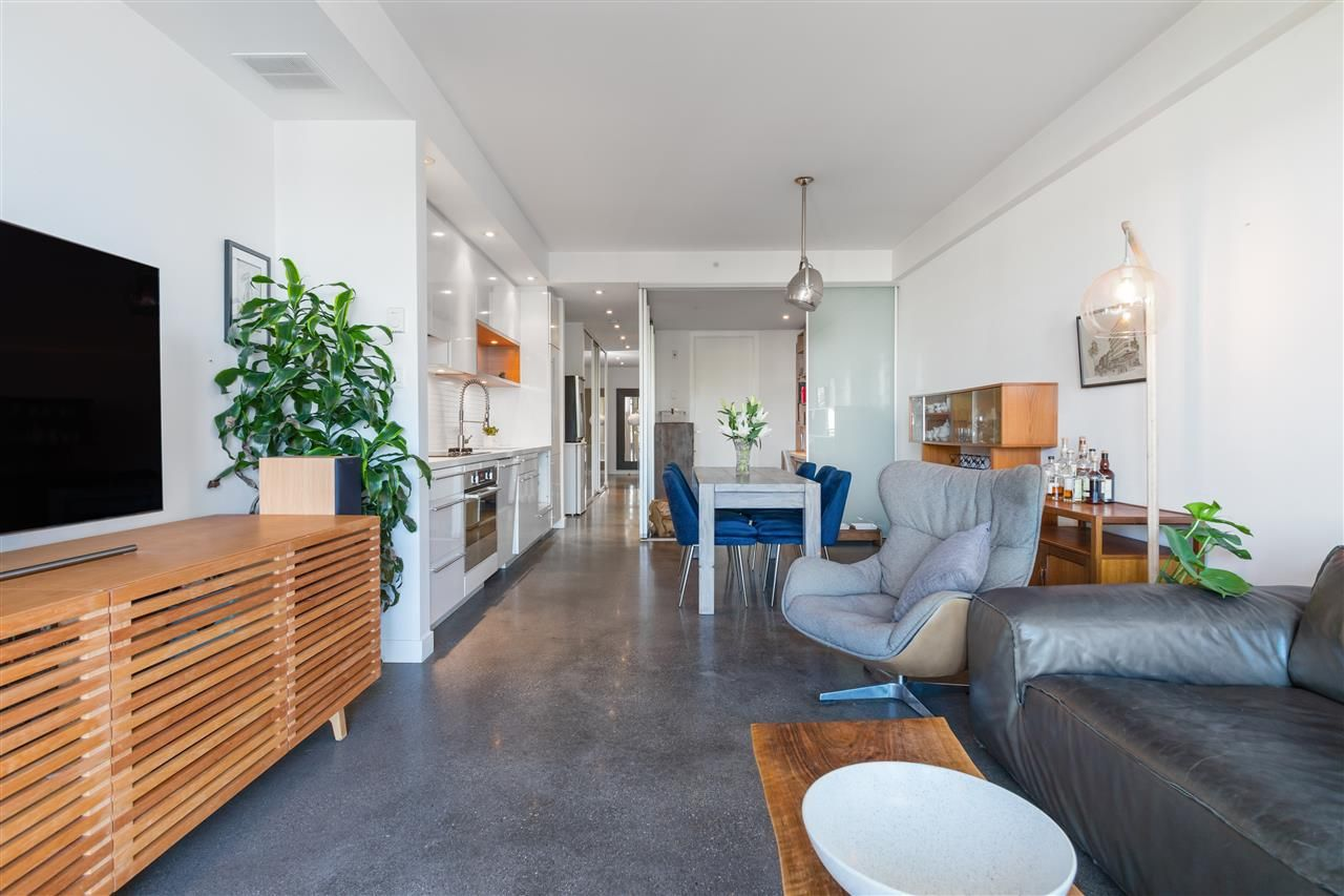 """Main Photo: 203 256 E 2ND Avenue in Vancouver: Mount Pleasant VE Condo for sale in """"JACOBSEN"""" (Vancouver East)  : MLS®# R2481756"""