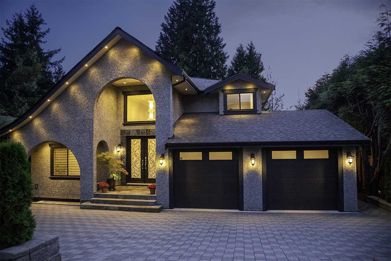 Main Photo: 3263 NORWOOD Avenue in North Vancouver: Upper Lonsdale House for sale : MLS®# R2198982