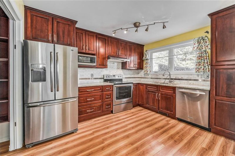 FEATURED LISTING: 373 WHITLOCK Way Northeast Calgary