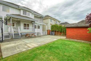 Photo 3: 6527 124TH STREET Street in Surrey: West Newton House for sale : MLS®# R2461007