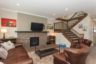 Photo 2: 19586 116B AVENUE in Pitt Meadows: Home for sale : MLS®# R2265715