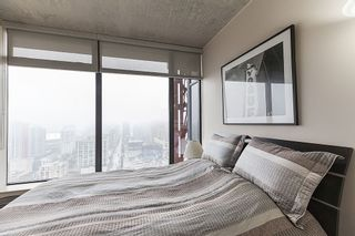 """Photo 10: 3608 128 W CORDOVA Street in Vancouver: Downtown VW Condo for sale in """"Woodwards (W43)"""" (Vancouver West)  : MLS®# R2559958"""