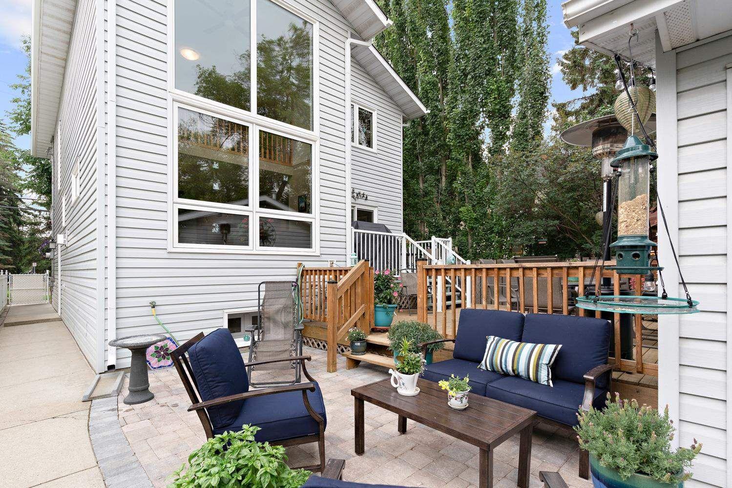 Main Photo: 9010 101A Avenue in Edmonton: Zone 13 House for sale : MLS®# E4265656