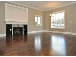 "Photo 5: 8122 211B Street in Langley: Willoughby Heights House for sale in ""Yorkson"" : MLS®# F1307960"