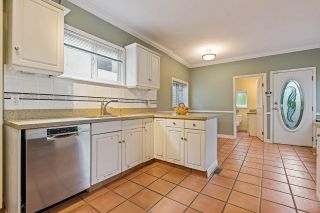 Photo 10: 1962 E 2ND AVENUE in Vancouver: Grandview Woodland House for sale (Vancouver East)  : MLS®# R2502754