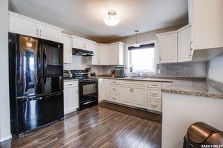 Photo 12: 140 Guenther Crescent in Warman: Residential for sale : MLS®# SK863292