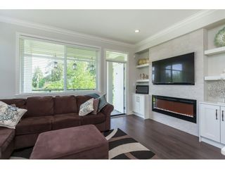 "Photo 6: 11 7198 179 Street in Surrey: Cloverdale BC Townhouse for sale in ""WALNUTRIDGE"" (Cloverdale)  : MLS®# R2366816"