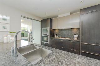 Photo 8: 600 888 ARTHUR ERICKSON PLACE in West Vancouver: Park Royal Condo for sale : MLS®# R2489622