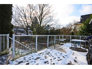 """Photo 11: 918 E 10TH Avenue in Vancouver: Mount Pleasant VE House for sale in """"MOUNT PLEASANT"""" (Vancouver East)  : MLS®# V1050039"""