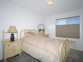 Photo 17: 451 HILLCREST Circle SW: Airdrie House for sale
