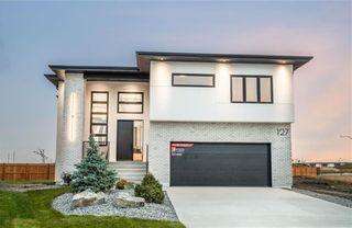 Main Photo: 127 Creemans Crescent in Winnipeg: Charleswood Residential for sale (1H)  : MLS®# 202104230