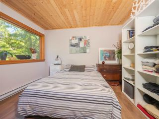 Photo 17: 5599 CURRAN Road in Halfmoon Bay: Halfmn Bay Secret Cv Redroofs House for sale (Sunshine Coast)  : MLS®# R2491193