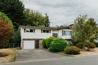 Photo 1: 45197 MOUNTVIEW Way in Chilliwack: Sardis West Vedder Rd House for sale (Sardis)  : MLS®# R2615725